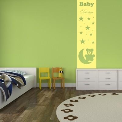 Idee per decorare la cameretta dei neonati stickers murali - Decorazione parete cameretta ...